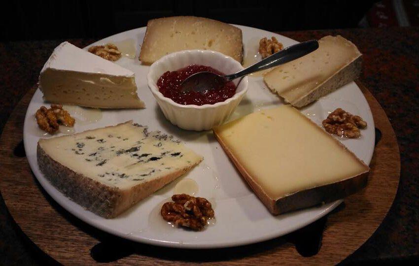 Tagliere di formaggi-FIOR DI ROCCIA – Saint Jacques Ayas