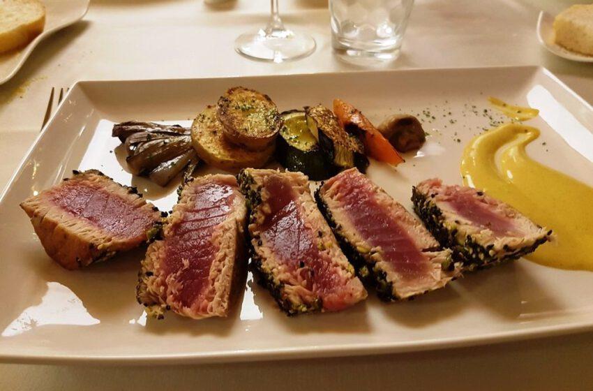 Filetto di cuore di tonno ai ferri con verdure-LAGUNA SKY RISTORANTE – Grado