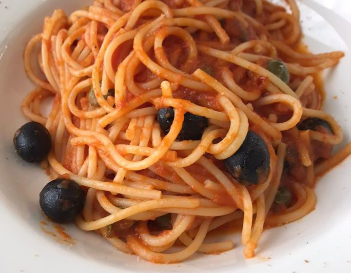 Spaghetti alla puttanesca – Monnalisa – Bergamo