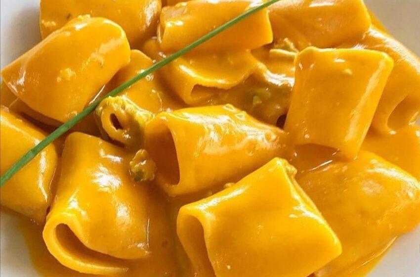 Paccheri in crema di zucca cappello del prete, berghemblu e pasta di salame – Ol Giopì e La Margì – Bergamo