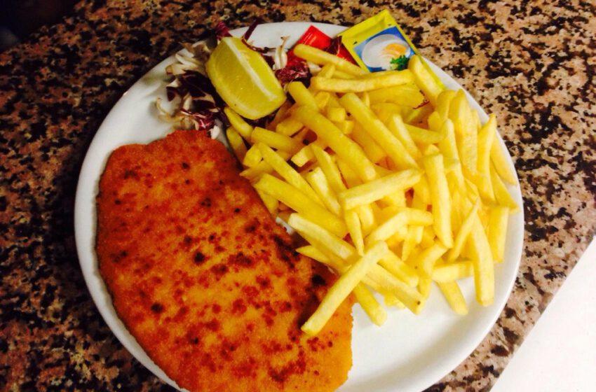 Cotoletta di pollo con patate – TORTUGA PUB – Vigliano Biellese
