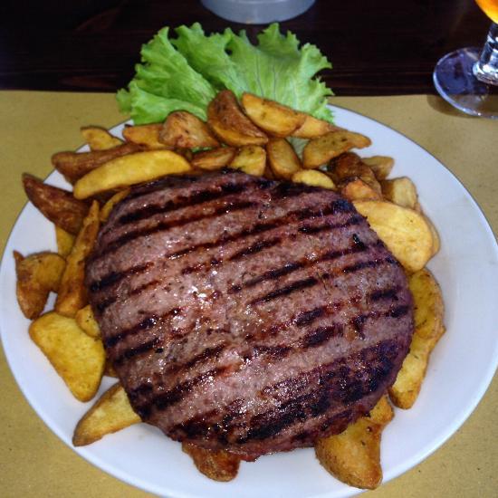 Hamburger-FRONTE DEL PORTO