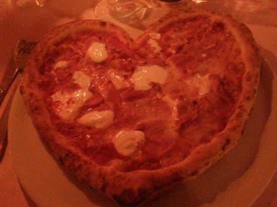 Pizza cupido-LA LUCCIOLA – Torino