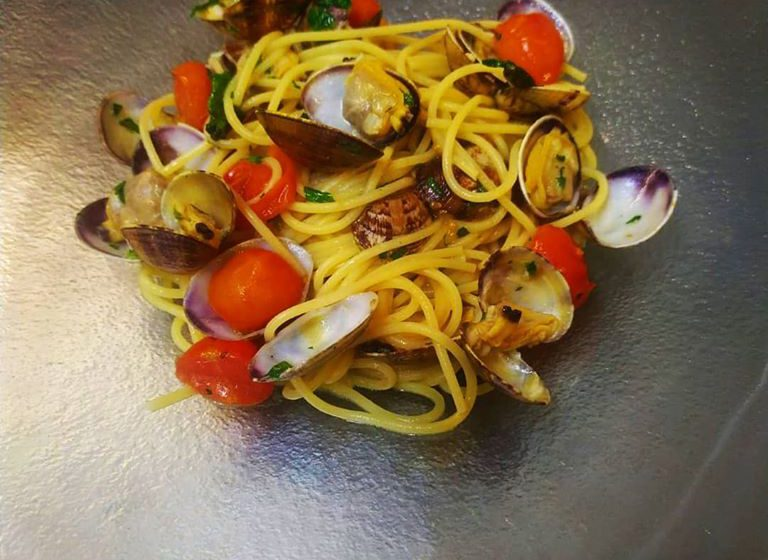 Spaghetti alle vongole-OSTERIA DEL BOEUCC – Cantù