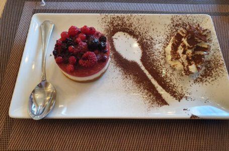 cheesecake ai frutti di bosco-VILLA BIANCA-Venezia